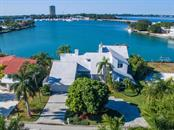 Single Family Home for sale at 216 Bird Key Dr, Sarasota, FL 34236 - MLS Number is A4171628