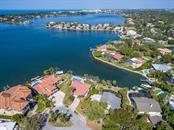 Single Family Home for sale at 1733 Little Pointe Cir, Sarasota, FL 34231 - MLS Number is A4180124