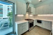 Gas Stove Top Range - Townhouse for sale at 626 S Rawls Ave, Sarasota, FL 34236 - MLS Number is A4199515