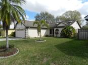 5051 82nd Way E, Sarasota, FL 34243
