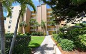 Condo for sale at 4311 Gulf Of Mexico Dr #304, Longboat Key, FL 34228 - MLS Number is A4408551