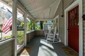 310 27th St W, Bradenton, FL 34205