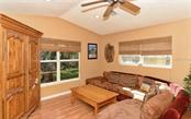 Single Family Home for sale at 960 Tangled Oaks Dr, Sarasota, FL 34232 - MLS Number is A4420660
