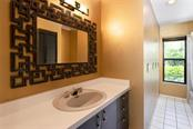 Hall Bathroom. - Single Family Home for sale at 1302 Roberts Bay Ln, Sarasota, FL 34242 - MLS Number is A4433097