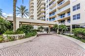 Covered Porte Cochere Entrance. - Condo for sale at 1800 Benjamin Franklin Dr #B408, Sarasota, FL 34236 - MLS Number is A4444789