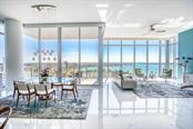 Dining room and family room - Condo for sale at 1155 N Gulfstream Ave #1909, Sarasota, FL 34236 - MLS Number is A4461040