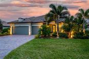 Single Family Home for sale at 17043 Loudon Pl, Bradenton, FL 34202 - MLS Number is A4488572