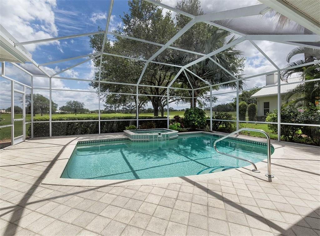 Pool with View - Single Family Home for sale at 122 Ventana Way, Venice, FL 34292 - MLS Number is N5912714