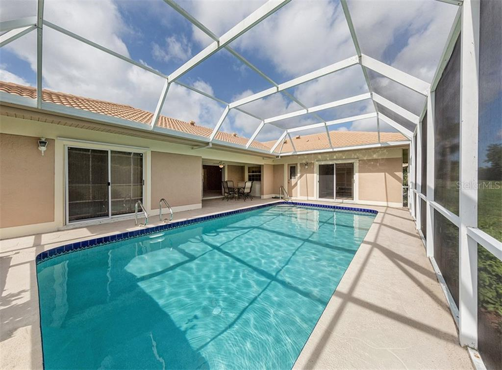 Pool - Single Family Home for sale at 3160 Willow Springs Cir, Venice, FL 34293 - MLS Number is N5912811