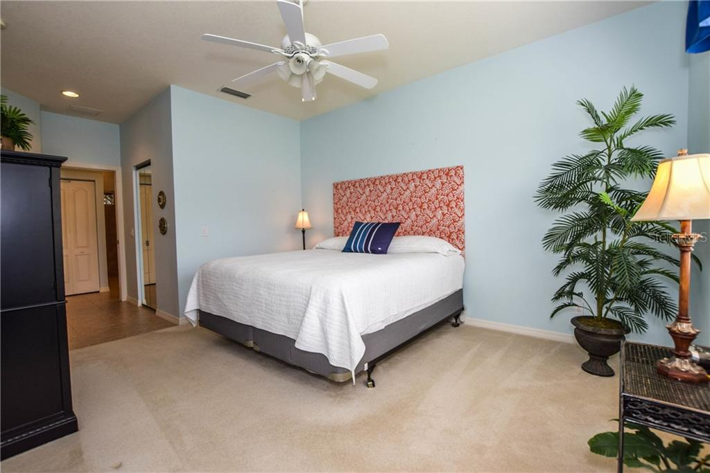 Master Bedroom - Villa for sale at 1641 Monarch Dr #1641, Venice, FL 34293 - MLS Number is N5913259