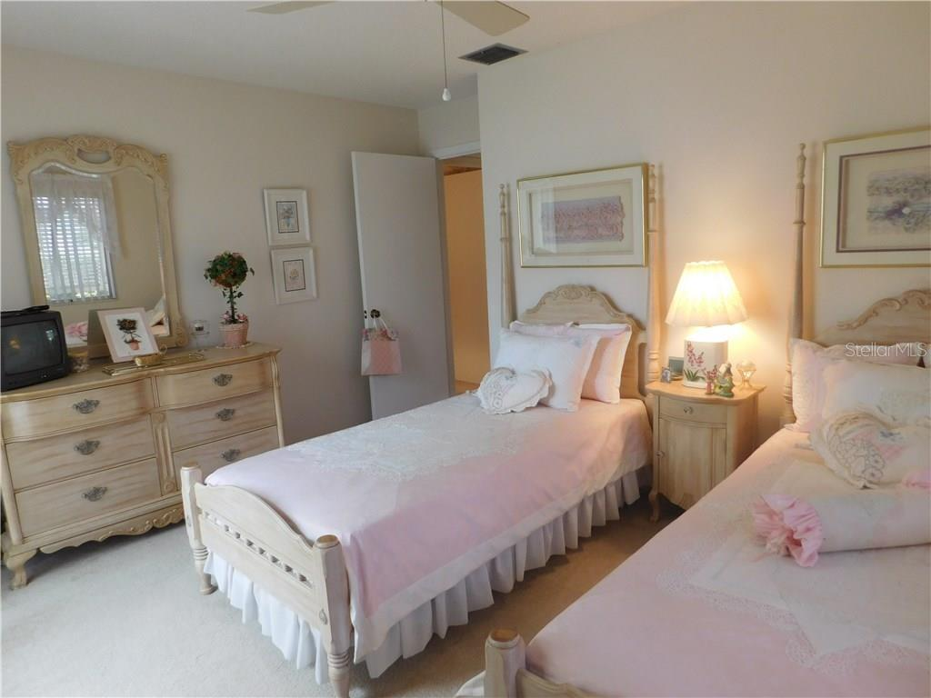 Guest Bedroom - Villa for sale at 212 Wexford Pl #149, Venice, FL 34293 - MLS Number is N5913283