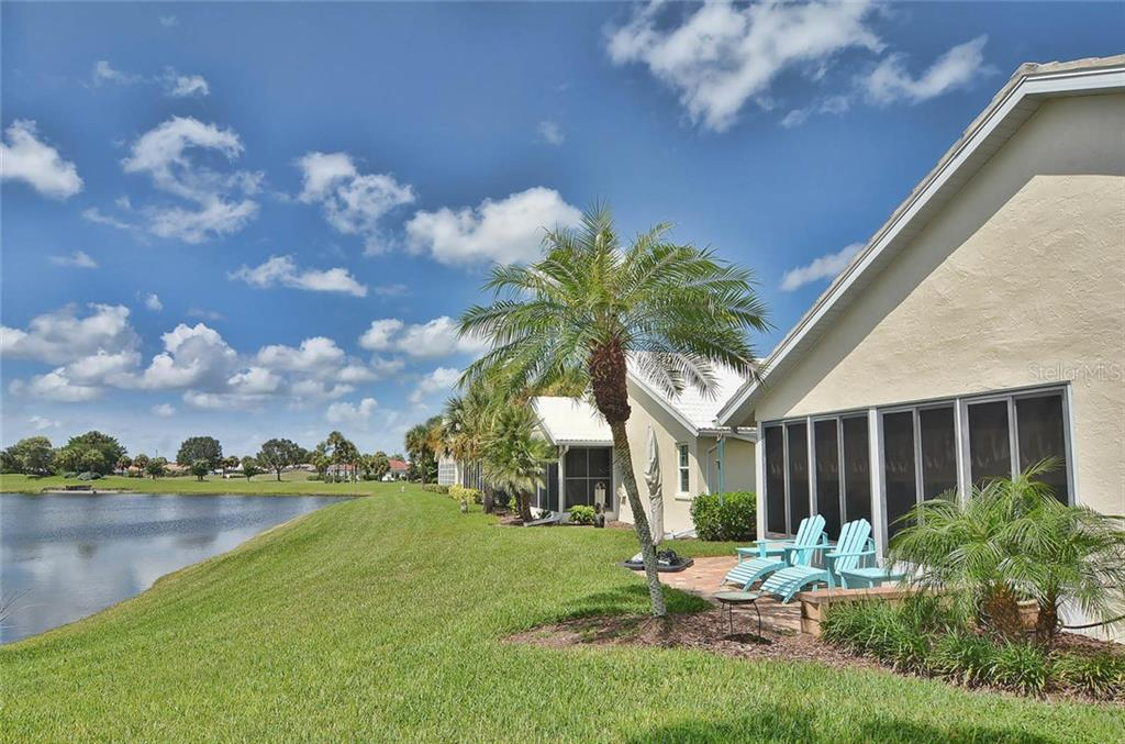 Exterior/view - Single Family Home for sale at 1812 Ashley Dr, Venice, FL 34292 - MLS Number is N5914047