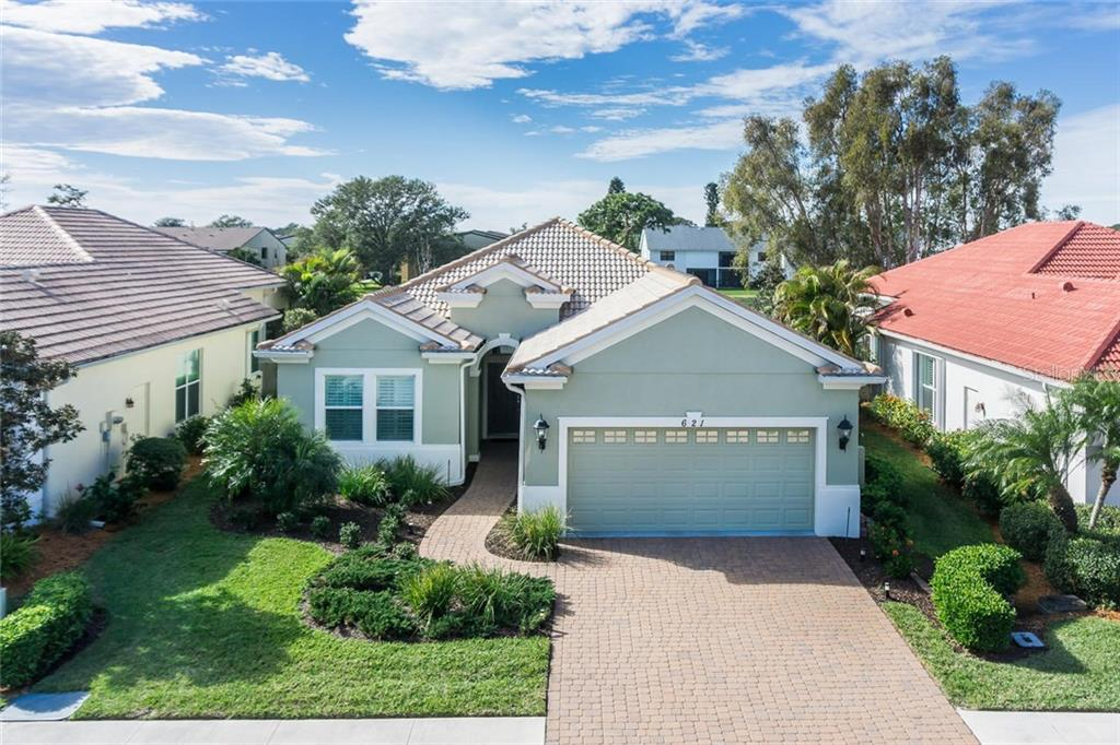 Single Family Home for sale at 621 Misty Pine Dr, Venice, FL 34292 - MLS Number is N5915790