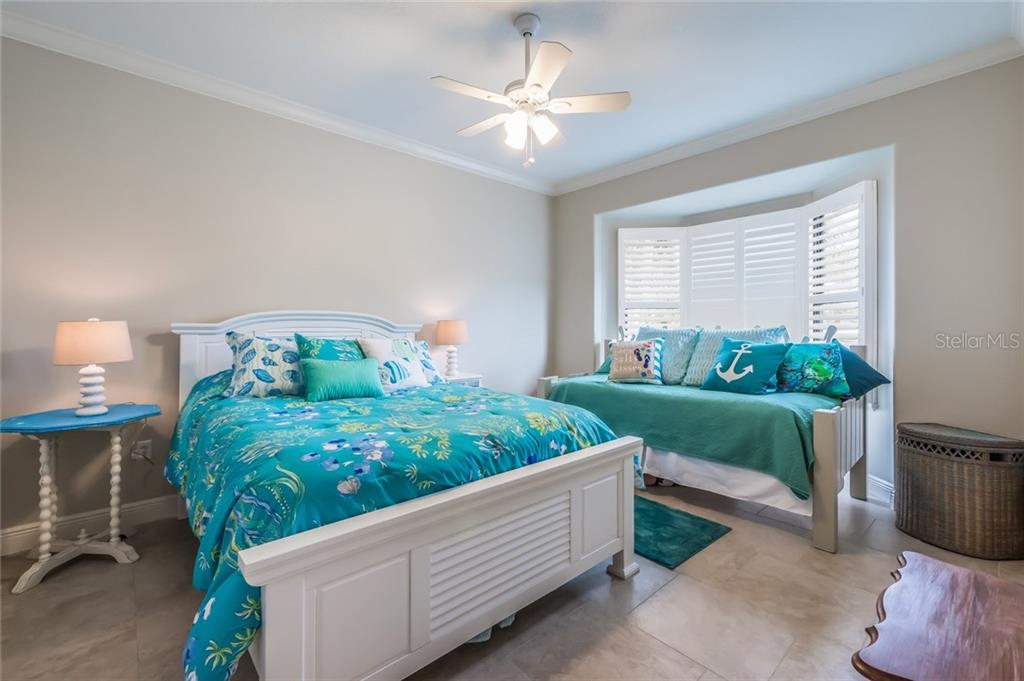 Bedroom 3 - Single Family Home for sale at 412 Sunrise Dr, Nokomis, FL 34275 - MLS Number is N5916248