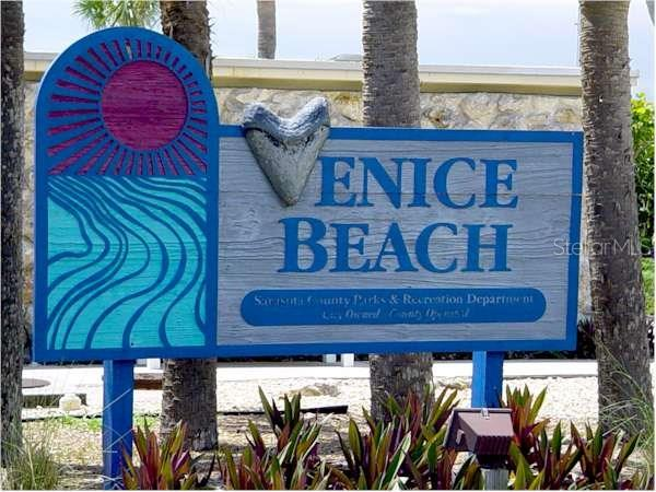 Condo for sale at 100 The Esplanade #3, Venice, FL 34285 - MLS Number is N5916667