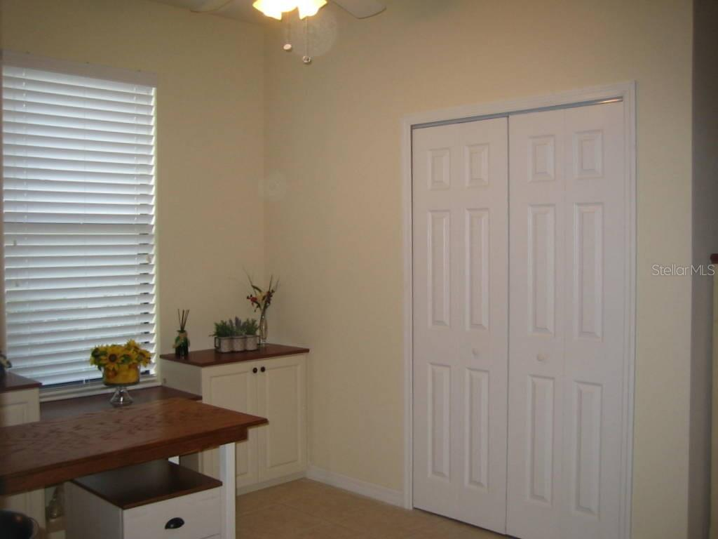 Closet ready for possible 3rd bedroom conversion or storage - Villa for sale at 1445 Maseno Dr, Venice, FL 34292 - MLS Number is N5916837