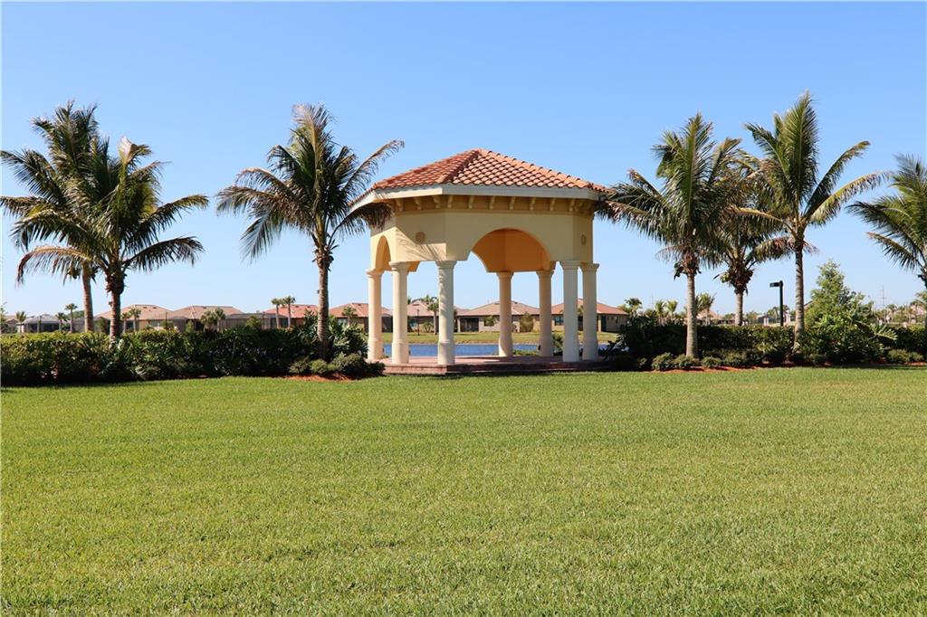 Community gazebo - Single Family Home for sale at 13880 Lido St, Venice, FL 34293 - MLS Number is N5917319