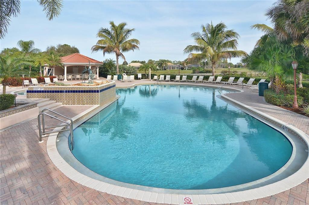 Community Pool - Single Family Home for sale at 323 Marsh Creek Rd, Venice, FL 34292 - MLS Number is N6100802