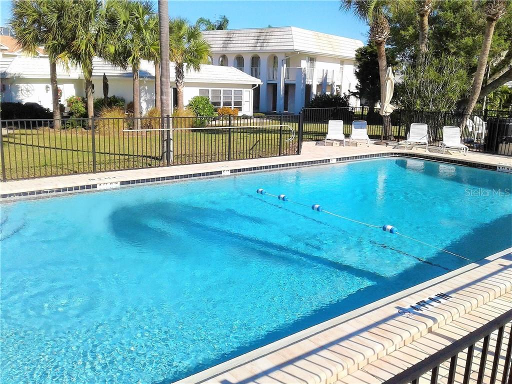 Single Family Home for sale at 920 Inlet Cir, Venice, FL 34285 - MLS Number is N6100937