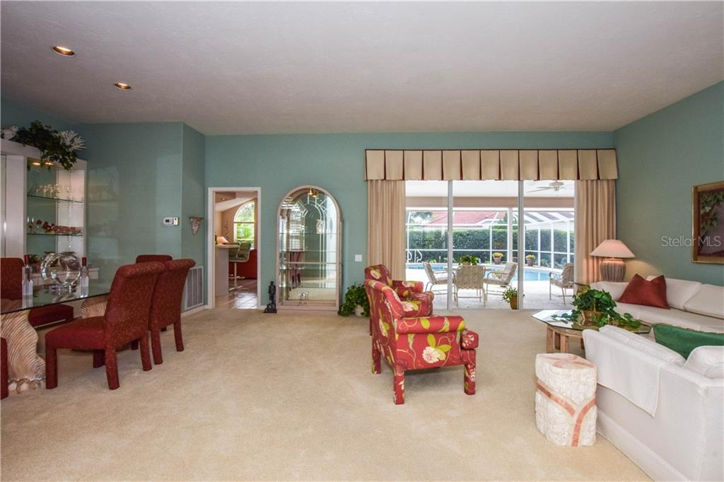 Living Room. - Single Family Home for sale at 837 Carnoustie Dr, Venice, FL 34293 - MLS Number is N6101166
