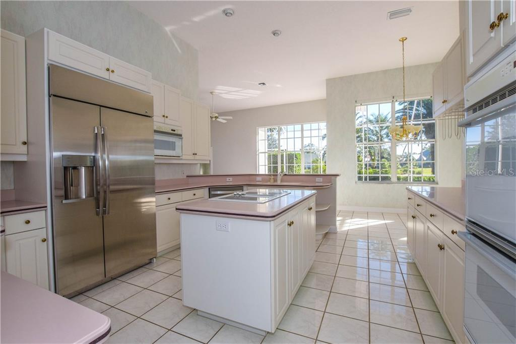Single Family Home for sale at 403 Trenwick Ln, Venice, FL 34293 - MLS Number is N6101623