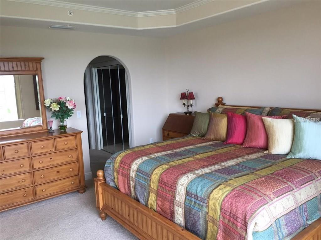 Master Bedroom with private bath - Condo for sale at 157 Tampa Ave E #407, Venice, FL 34285 - MLS Number is N6101715