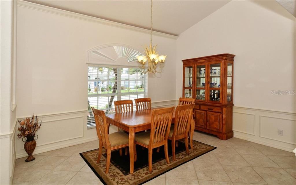 Dining room - Single Family Home for sale at 5887 Wilson Rd, Venice, FL 34293 - MLS Number is N6101910