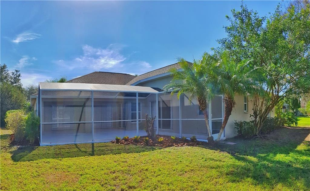 Single Family Home for sale at 3639 62nd Ave E, Bradenton, FL 34203 - MLS Number is N6101922