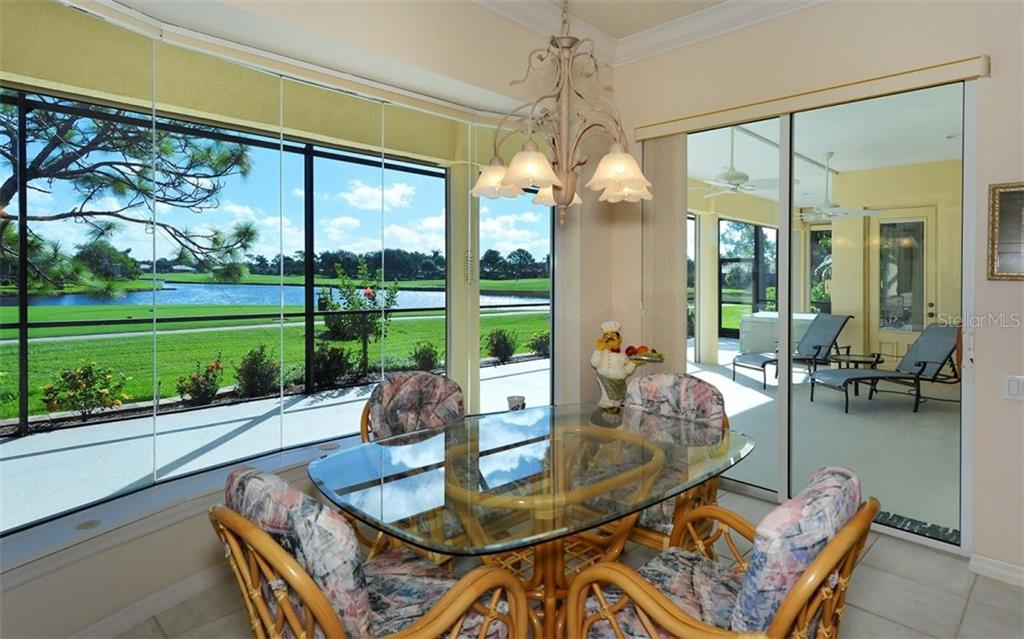 Dinette - Single Family Home for sale at 979 Chickadee Dr, Venice, FL 34285 - MLS Number is N6102266
