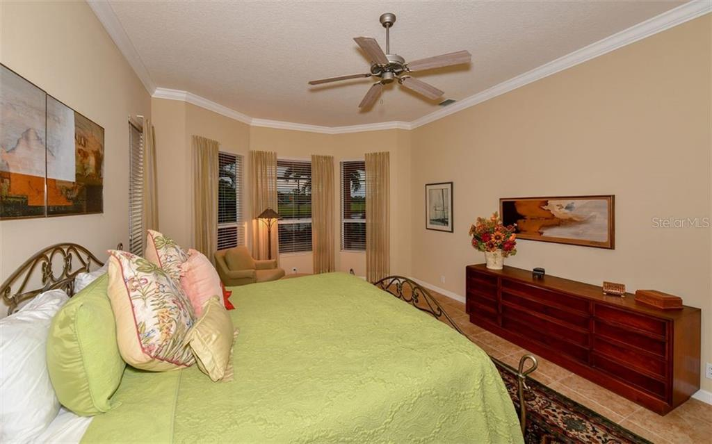 Master bedroom - Single Family Home for sale at 820 Adonis Pl, Venice, FL 34292 - MLS Number is N6102472