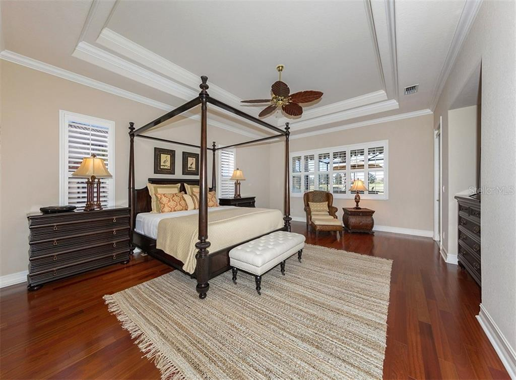 Master bedroom - Single Family Home for sale at 110 Martellago Dr, North Venice, FL 34275 - MLS Number is N6103159