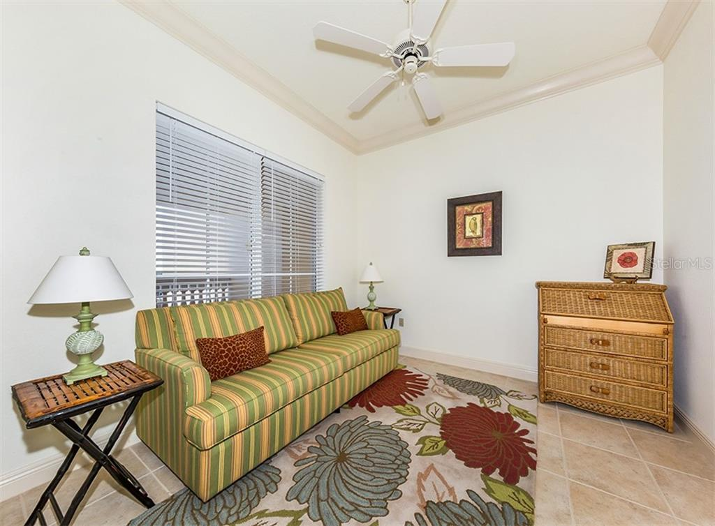 Condo for sale at 147 Tampa Ave E #902, Venice, FL 34285 - MLS Number is N6104823