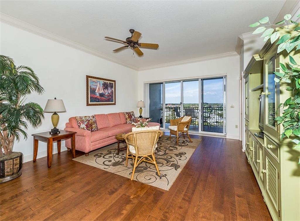 Great room with sliders to lanai - Condo for sale at 147 Tampa Ave E #902, Venice, FL 34285 - MLS Number is N6104823