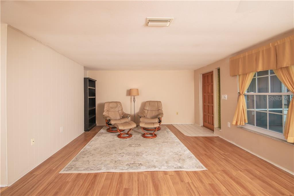 Dining Room / Living Area - Single Family Home for sale at 41 Caroll Cir, Englewood, FL 34223 - MLS Number is N6104860