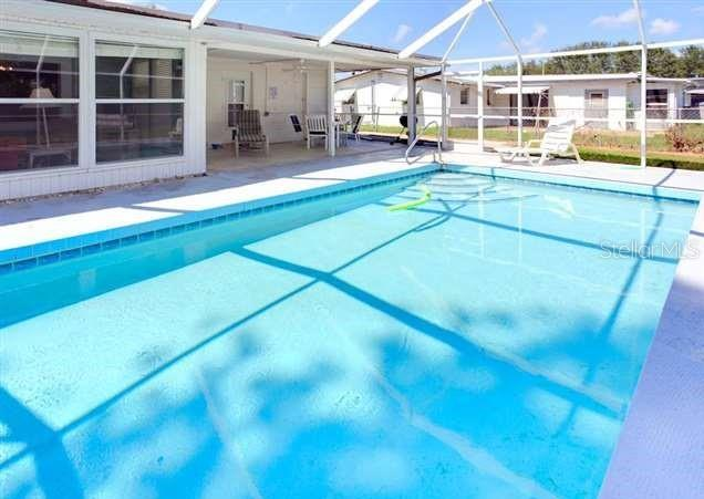 Single Family Home for sale at 312 Parkdale Dr, Venice, FL 34285 - MLS Number is N6106979