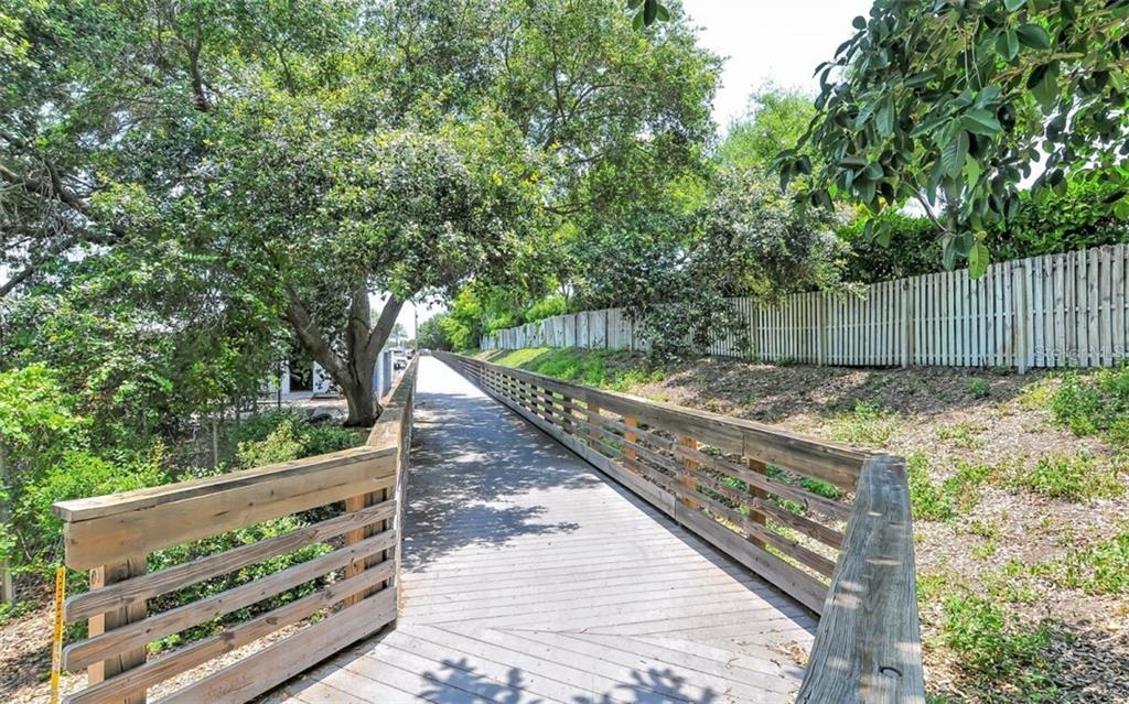 Venetian Waterway path - Single Family Home for sale at 226 Rio Terra, Venice, FL 34285 - MLS Number is N6107320