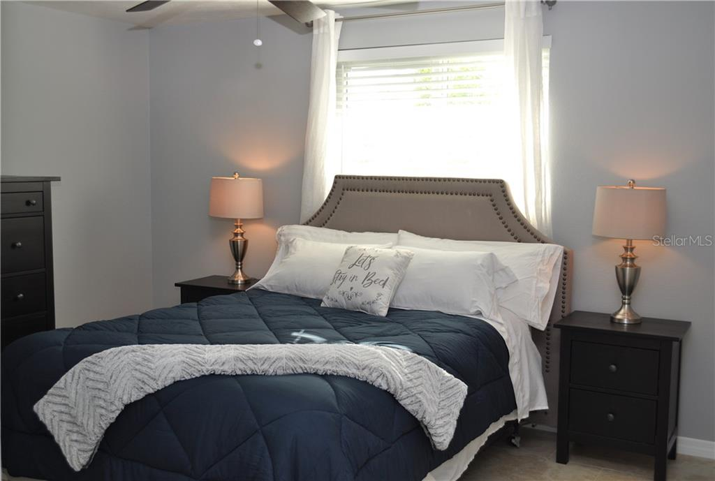 Master bedroom - Single Family Home for sale at 1656 La Gorce Dr, Venice, FL 34293 - MLS Number is N6107911