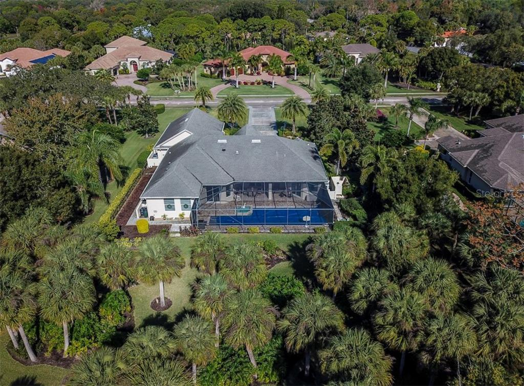 Lush backside of house - Single Family Home for sale at 774 Vanderbilt Dr, Nokomis, FL 34275 - MLS Number is N6108524