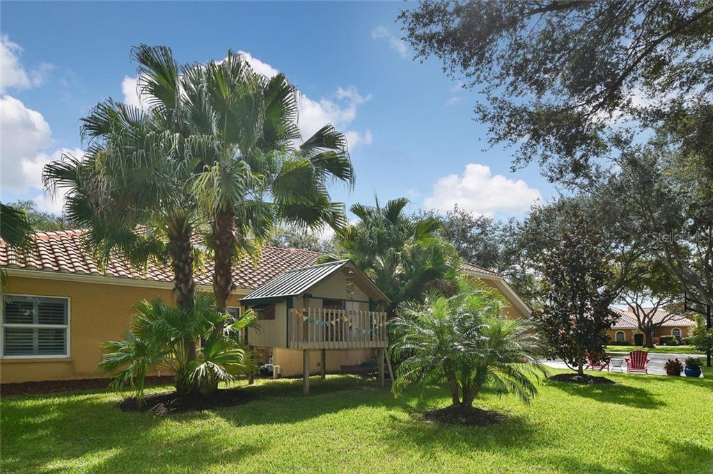 Tree house beside the house - Single Family Home for sale at 7185 N Serenoa Dr, Sarasota, FL 34241 - MLS Number is N6109058