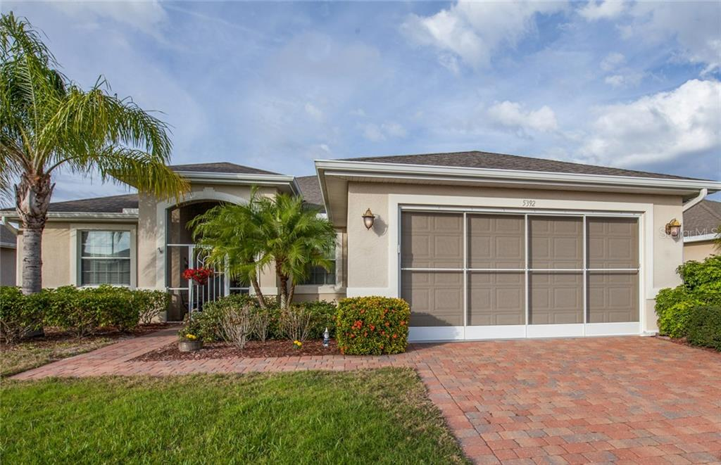 Screened garage - Single Family Home for sale at 5392 Layton Dr, Venice, FL 34293 - MLS Number is N6109506
