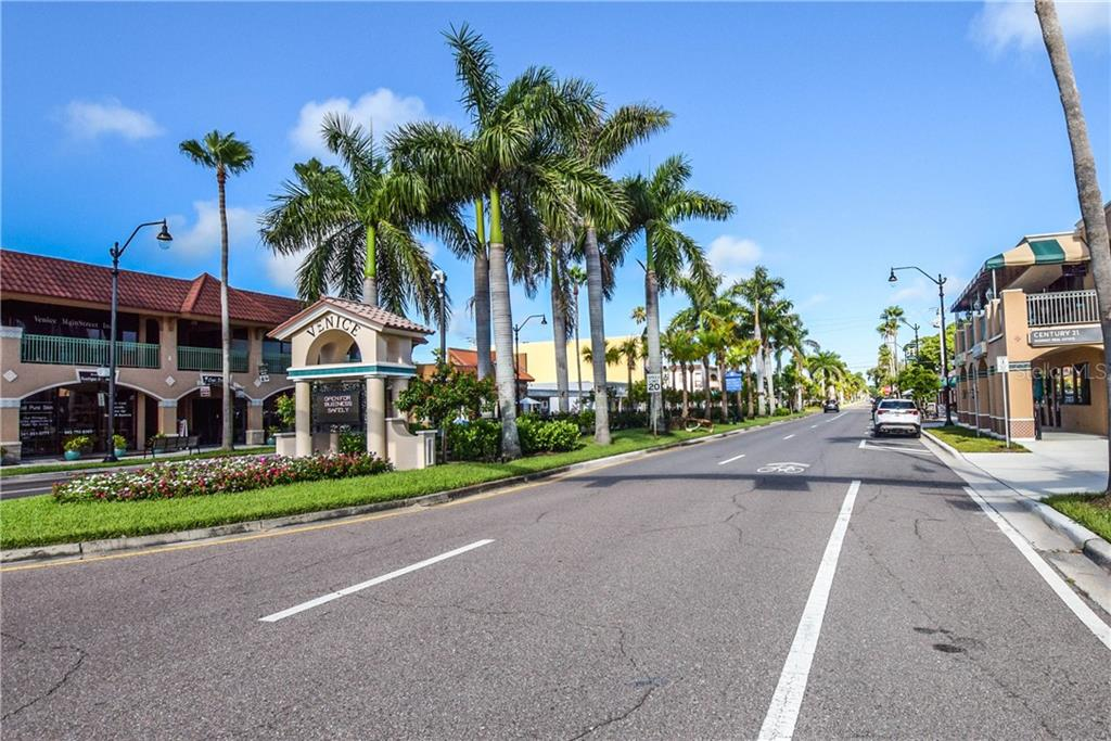 Historic Downtown Venice - Condo for sale at 404 Cerromar Cir N #110, Venice, FL 34293 - MLS Number is N6109897
