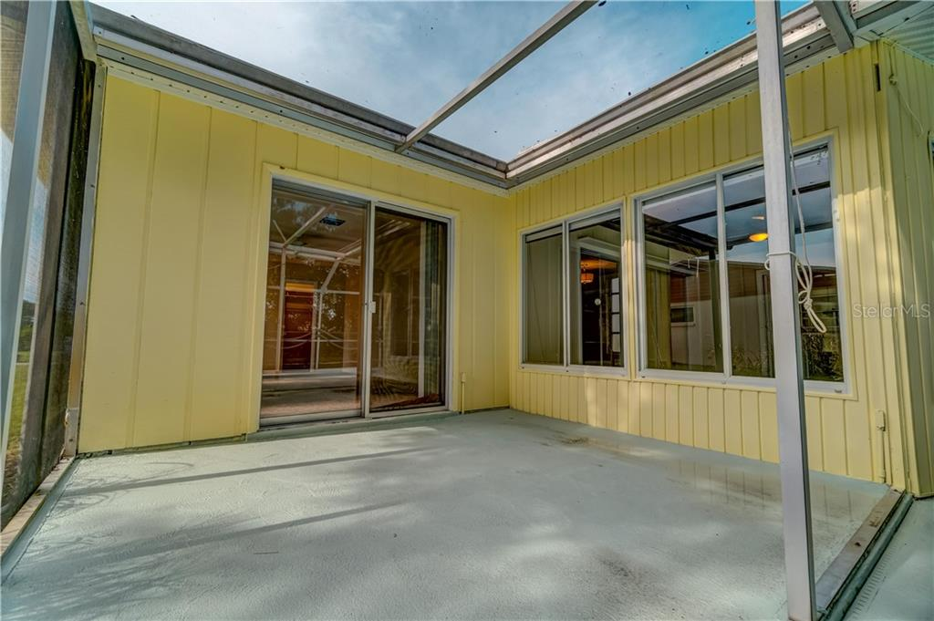 Screened Patio - Single Family Home for sale at 158 Golf Club Ln, Venice, FL 34293 - MLS Number is N6111200