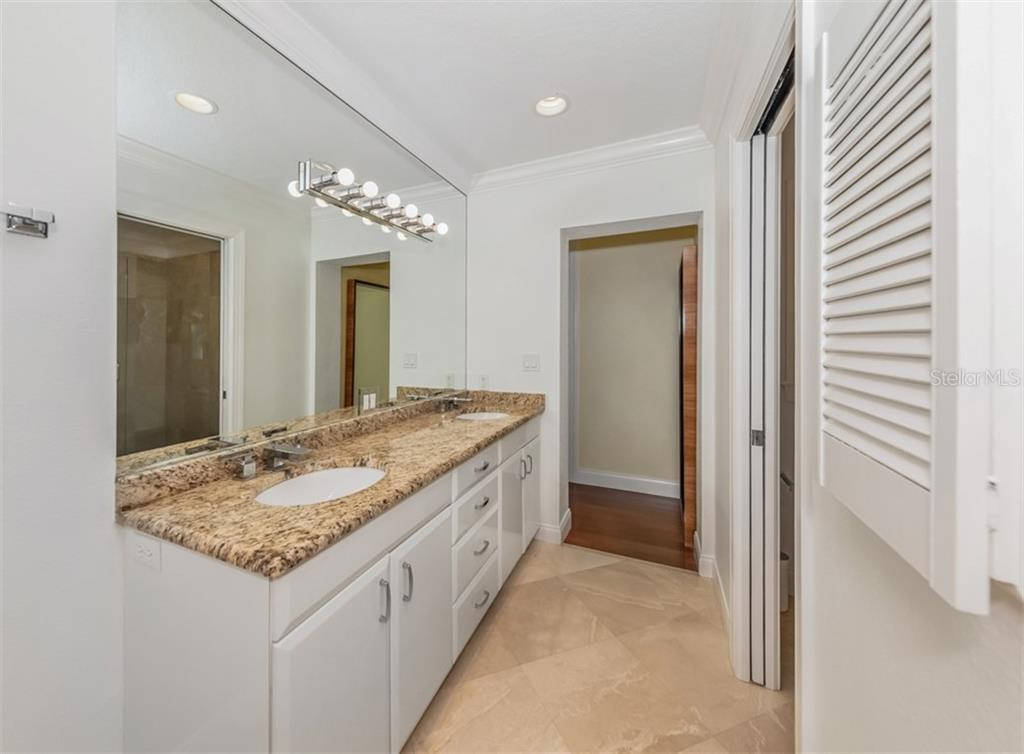 Master bathroom - Single Family Home for sale at 1321 Guilford Dr, Venice, FL 34292 - MLS Number is N6113272