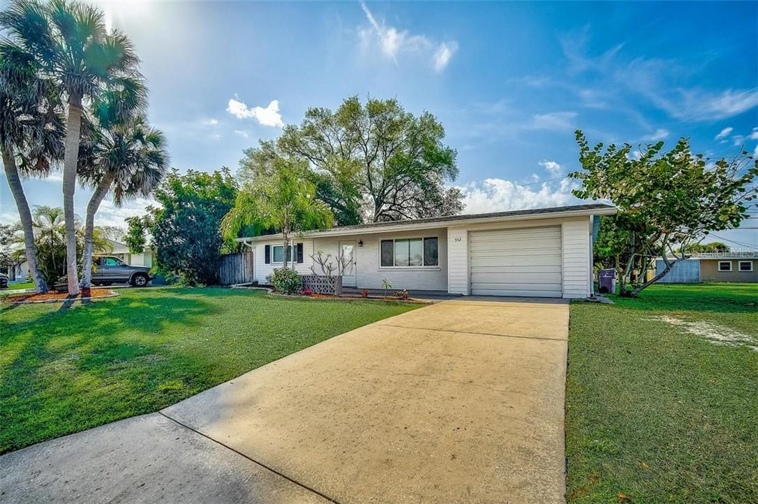 Front - Single Family Home for sale at 552 Sheridan Dr, Venice, FL 34293 - MLS Number is N6114525