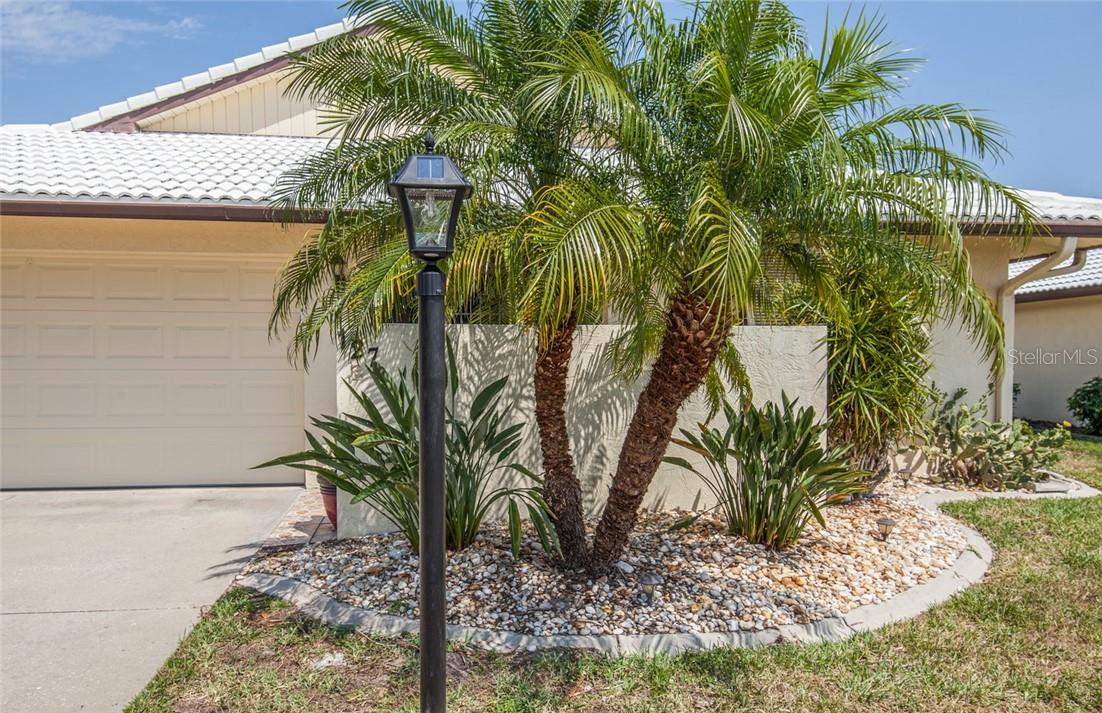 Hourglass Lakes Application - Villa for sale at 127 Sandstone Cir, Venice, FL 34293 - MLS Number is N6114938