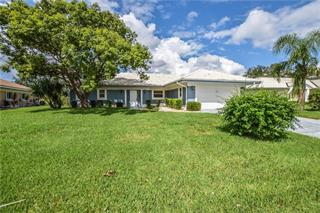 1917 Pebble Beach Ct, Venice, FL 34293