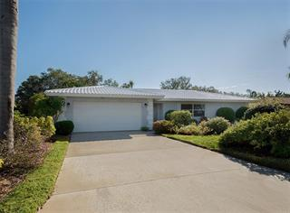 1611 E Cypress Point Dr, Venice, FL 34293