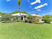 484 Lake Of The Woods Dr, Venice, FL 34293