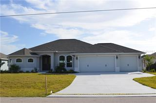 175 Fairway Rd, Rotonda West, FL 33947