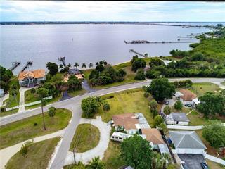 24130 Harborview Rd, Port Charlotte, FL 33980